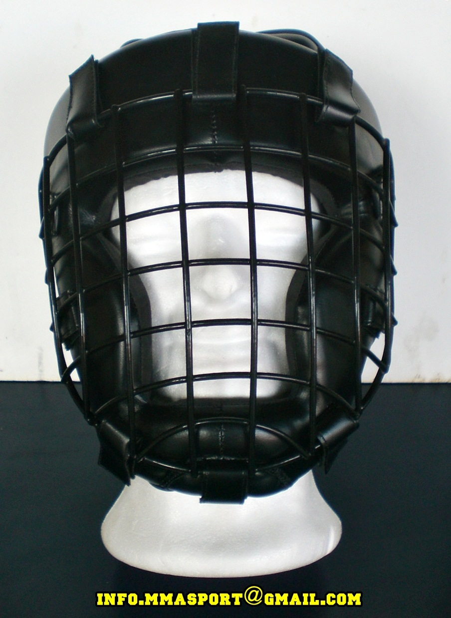 COD. CS-04G_Casco Free Fight con GRIGLIA